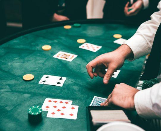 海外カジノやオンラインカジノで「バカラ」を楽しむ方法を解説!